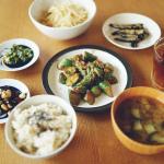 粗食ブーム到来!野菜を美味しく食べられる調味料ランキング
