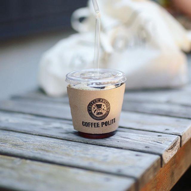 今日はふらっと名鉄に乗って津島に遊びに来たよ。暑いのでCOFFEE POLITEでアイスコーヒー休憩。うまい! (Instagram)