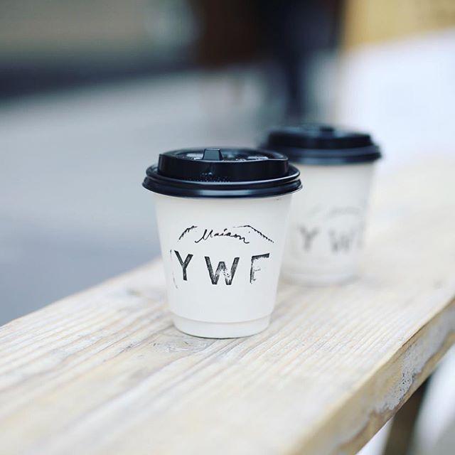 Maison YWE COFFEE STANDでコーヒー休憩。今日はFour Barrel coffeeの豆が飲めるスペシャルなやつ。コロンビアとルワンダ飲み比べ。うまい!#オニマガ名古屋散歩 (Instagram)
