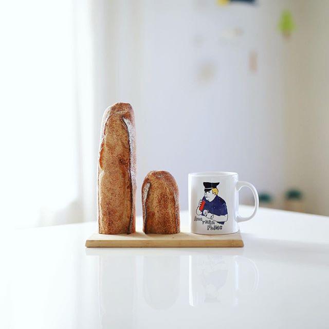 レキップドコガネイのバゲットでグッドモーニングコーヒー。うまい! (Instagram)