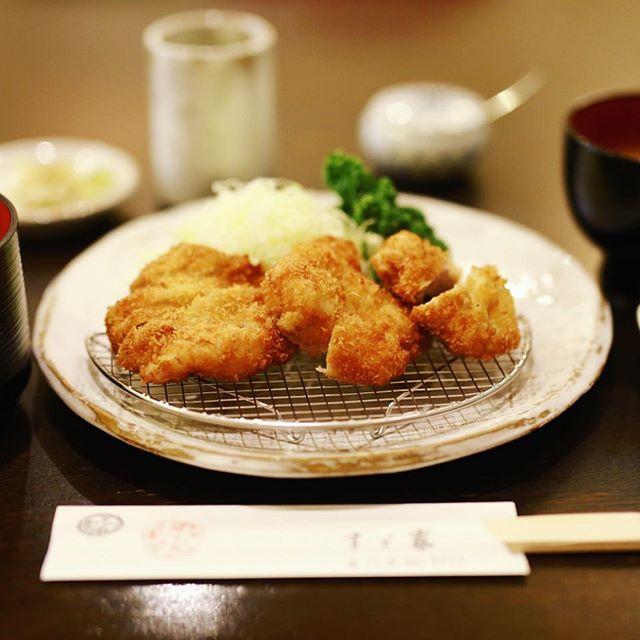 大須のすゞ家でランチヒレカツ定食。うまい!#オニマガ名古屋散歩 (Instagram)