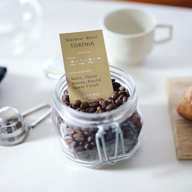 ゴルピーコーヒーのシーズナルブレンド トレニアでグッドモーニングコーヒー。いろんなコーヒー屋さんのブレンドを飲み比べるブーム再び。うまい!#golpiecoffee (Instagram)
