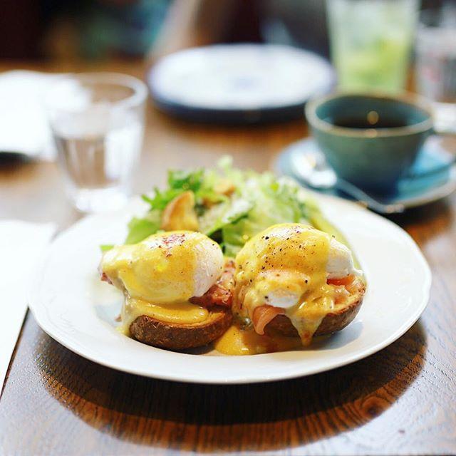栄のHashelle Cafeでモーニング。コーヒー&エッグベネディクト。うまい!#オニマガ名古屋散歩・#hashellecafe #ハッシェルカフェ (Instagram)