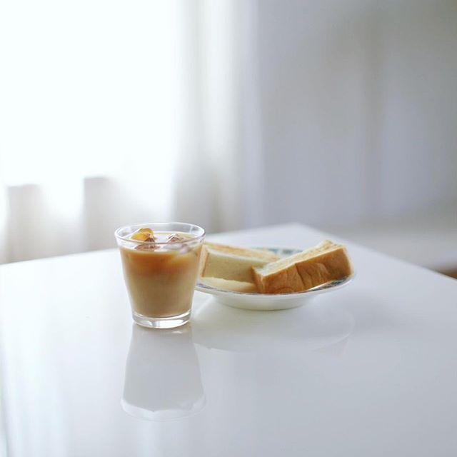 グッドモーニング水出しコーヒー牛乳&乃が美トースト。うまい! (Instagram)