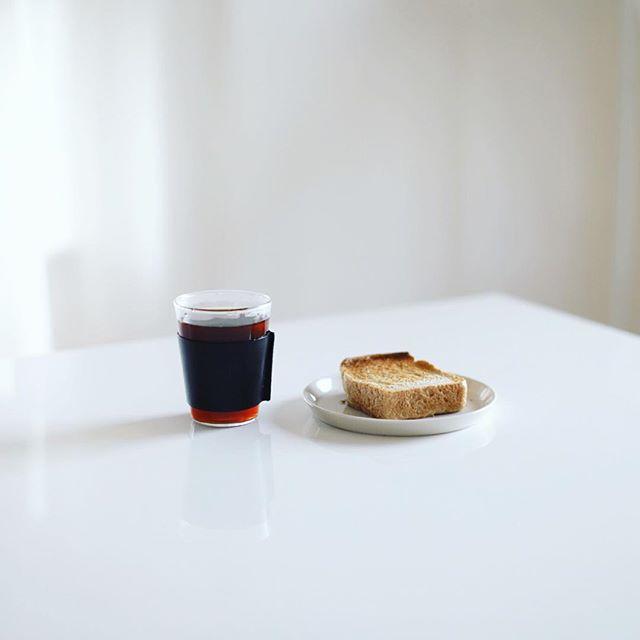 グッドモーニングコーヒー。今日からTHE GLASSを導入したー。うまい! (Instagram)