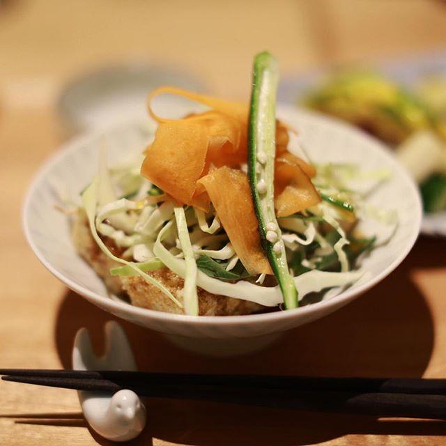 栄の農園食堂ichiにごはん食べに来たよ。玄米棒のランチ。野菜たっぷり。うまい!#オニマガ名古屋散歩・#農園食堂ichi #栄カフェ #伏見カフェ (Instagram)