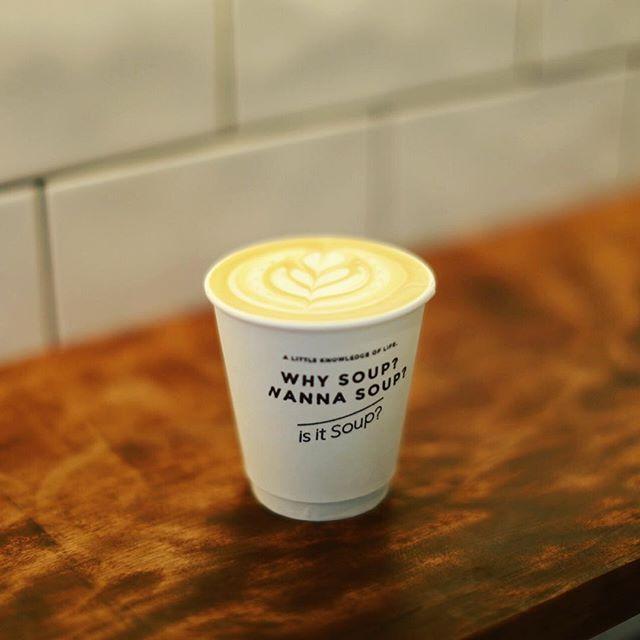 is it soup?でカフェラテ休憩。うまい!#オニマガ名古屋散歩 (Instagram)