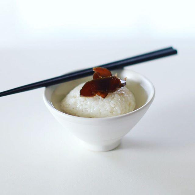 井川商店の漬物でグッドモーニング冷やし茶漬け。8年ものの奈良漬け再び。うまい! (Instagram)