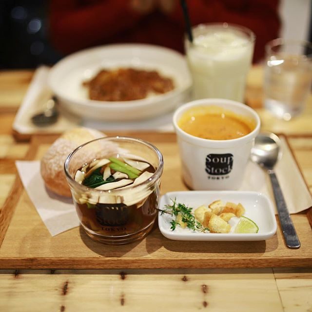 Soup Stock Tokyoに新作の真鯛とポルチーニの秋澄ましを食べに来たよ。うまい!#オニマガ名古屋散歩・#soupstocktokyo #スープストックトーキョー (Instagram)
