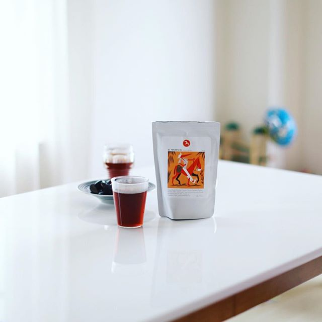 グッドモーニング10月1日はコーヒーの日だそうですよ。今週の豆はフグレンのCOLOMBIA EL TRIUNFO。パッケージがかわいくなった。うまい! (Instagram)