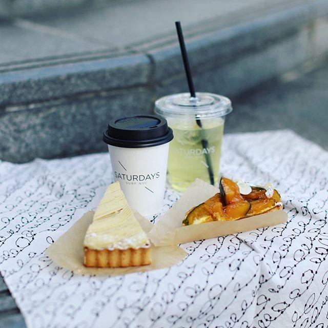 ラヴシャンでモンブランとかぼちゃのタルトをテイクアウトして、サタデーズサーフでカフェラテ買って、矢場公園でおやつピクニック。うまい!#オニマガ名古屋散歩・#saturdayssurfnyc #ラヴシャン #ラヴニューデシャンゼリゼ #saturdayssurfnycnagoya (Instagram)