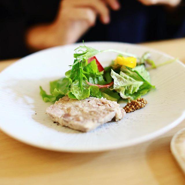 中村日赤のtoricafeにお昼ごはん食べに来たよ。うまい!#オニマガ名古屋散歩 (Instagram)