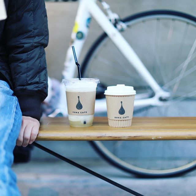 #soracafe01 でコーヒー&スムージー休憩。うまい!#オニマガ名古屋散歩 (Instagram)