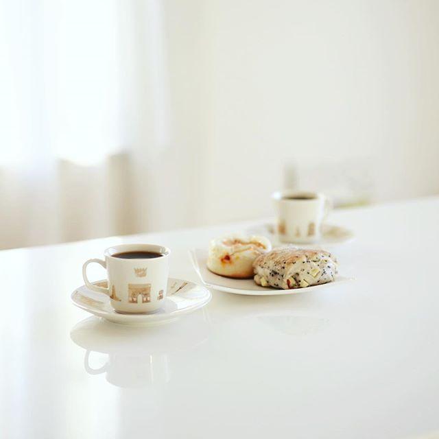 #momochamibread 東別院てづくり朝市で買ってきたモモチャミブレッドでグッドモーニングコーヒー。うまい! (Instagram)