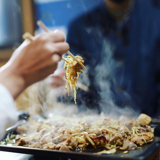 岐阜の東白川村の白草に鶏ちゃん食べに来たよ。うまい! (Instagram)