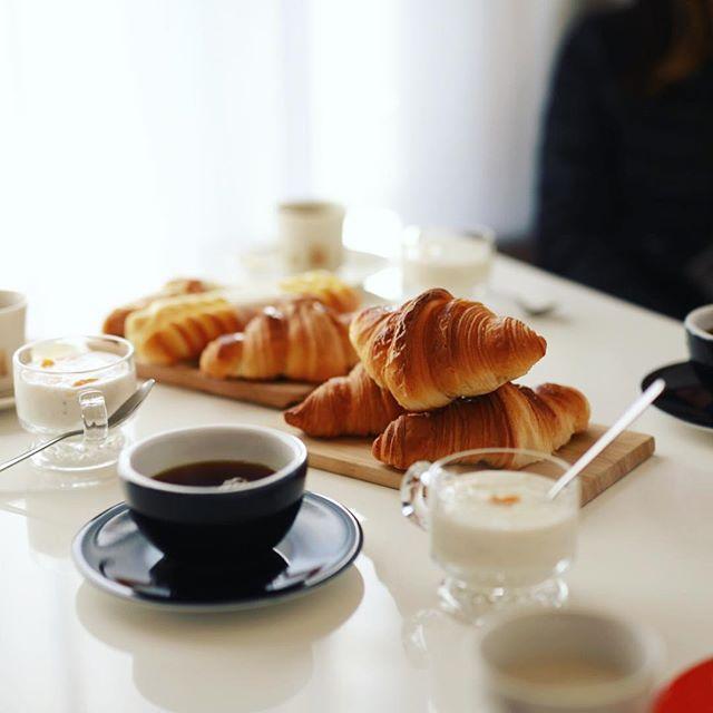 #ゴントランシェリエ のクロワッサンでグッドモーニングコーヒー。うまい! (Instagram)