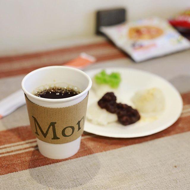 #もちMond 鶴舞Mondにおやつ食べに来たよ。お餅&コーヒー。うまい!#オニマガ名古屋散歩 (Instagram)