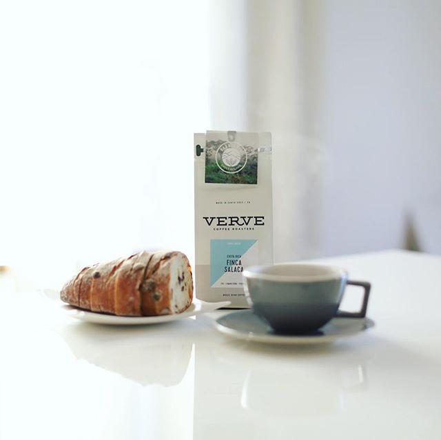 #vervecoffee グッドモーニングコーヒー。奥様がきのう東京に遊びに行ったのでVERVE COFFEE ROASTERSの豆をお土産に買って来てくれた。うまい!#vervecoffeeroasters (Instagram)