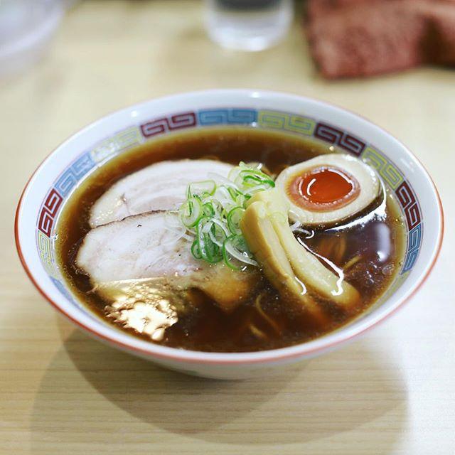 大須の煮干し鰮ラーメン圓で中華そば。うまい!#オニマガ名古屋散歩 (Instagram)