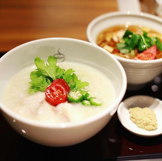 栄森の地下街のお粥と麺の店粥餐庁でお昼ごはん。四国産天然鱸の山葵かゆ&サンラー麺。うまい!#オニマガ名古屋散歩 (Instagram)