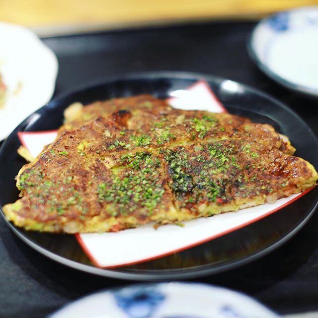 岐阜の高島屋に和傘の実演を見に来たので、お昼ごはんはマサムラでお好み焼き。うまい!#オニマガ岐阜散歩 (Instagram)
