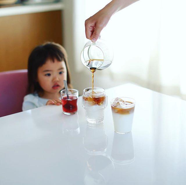 グッドモーニングアイスカフェオレ。明治おいしい牛乳とタカナシ低温殺菌牛乳で飲み比べ。うまい! (Instagram)