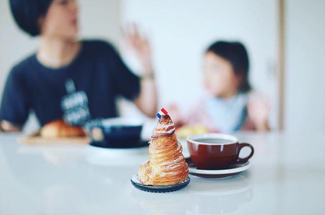ゴントランシェリエのモンブラン&手網焙煎コーヒーでおやつタイム。うまい! (Instagram)