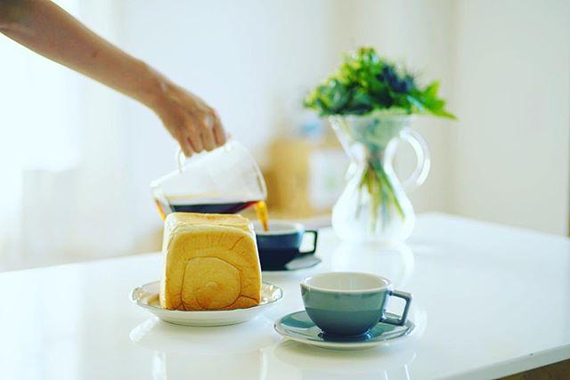 LienLienの食パンでグッドモーニングコーヒー。うまい! (Instagram)