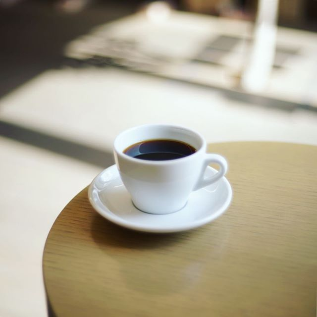 Golpie Coffeeで食後のコーヒータイム。ブラジルCOE#4 カラコール。うまい!#オニマガ名古屋散歩 #オニマガ川名散歩 (Instagram)