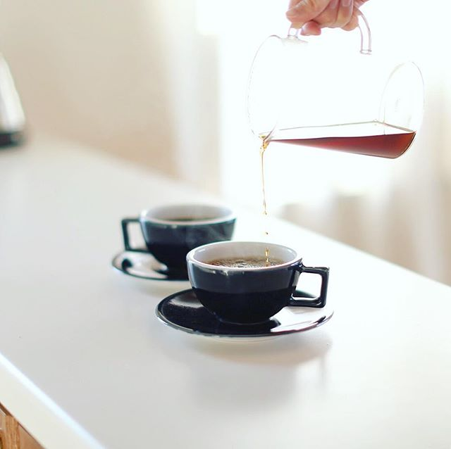 グッドモーニングコーヒー。今日はなんにも予定がないのでどこに行こうか作戦会議の朝。うまい! (Instagram)