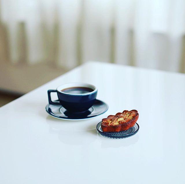 お菓子屋Riettoさんの鳴門金時のフィナンシェでグッドモーニングコーヒー。東別院てづくり朝市のお土産。そして今日は雨だけど名古屋写真部!やるぜ!行き先はアーケード商店街だけど。うまい!...#rietto #お菓子屋rietto #東別院てづくり朝市 (Instagram)