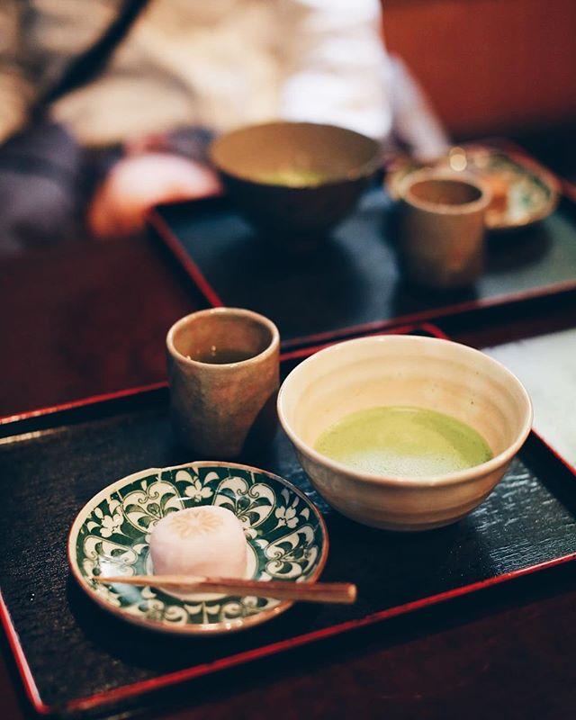 伏見の和菓子屋さん #むらさきや でお菓子&抹茶休憩。うまい!#オニマガ名古屋散歩 #オニマガ伏見散歩 (Instagram)