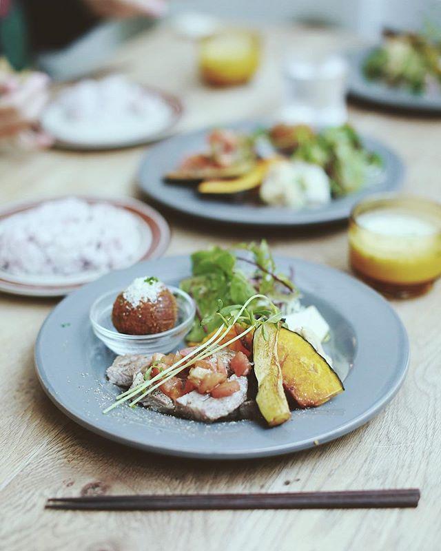 Maison YWEにランチしに来たよ。お肉と野菜モリモリのスペシャルプレート。うまい!#オニマガ名古屋散歩 #オニマガ栄散歩 (Instagram)