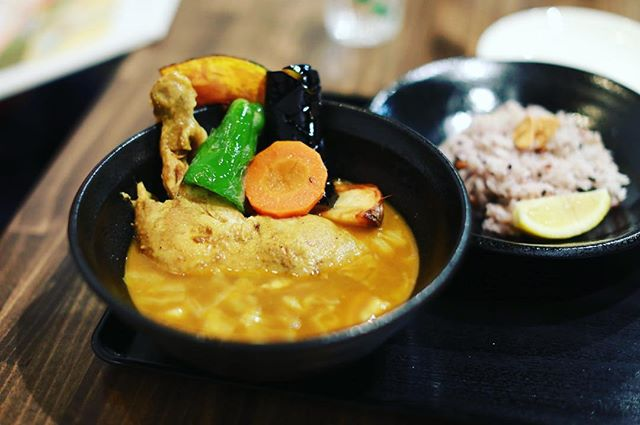 SOUP CURRY ISHIBAの大須店がオープンしたのでスープカレー食べに来たよ。うまい!#オニマガ名古屋散歩 #オニマガ大須散歩...#soupcurryishiba #soupcurry #スープカレー #スープカレーイシバ (Instagram)