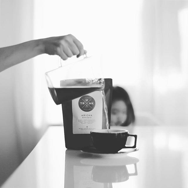 グッドモーニングコーヒー。今日から豆はTRUNK COFFEEのエチオピアARICHA。うまい!...#trunkcoffee #トランクコーヒー (Instagram)