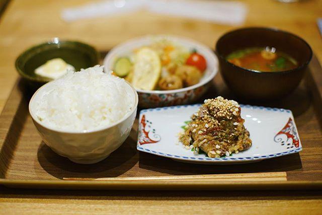 名駅の醸しメシかもし酒糀やに発酵ランチ食べに来たよ。天然ぶりのなめろう定食。うまい!#オニマガ名古屋散歩 (Instagram)
