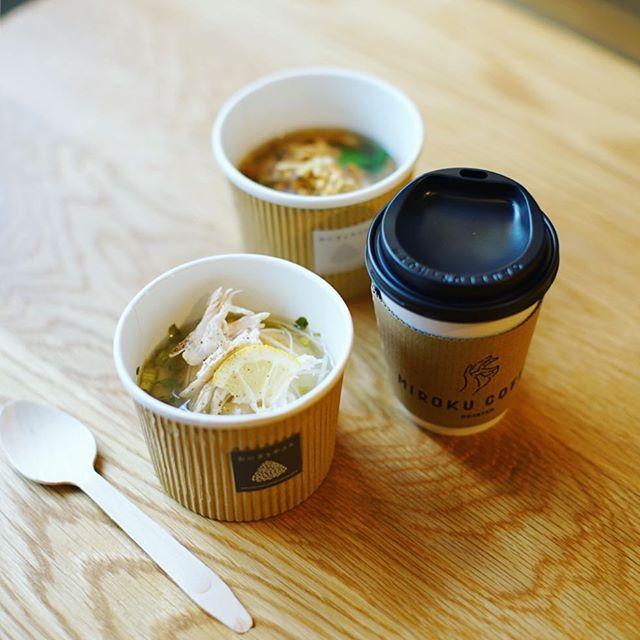 HARVA LEHTOでやってるおにぎりやさんとMIROKU COFFEEのイベントに遊びに来たよ。和風だしと梅のスープ紅色米おにぎり&鶏だしとレモンのスープもちきび入りおにぎり&阿修羅ブレンド。うまい!#オニマガ名古屋散歩 (Instagram)