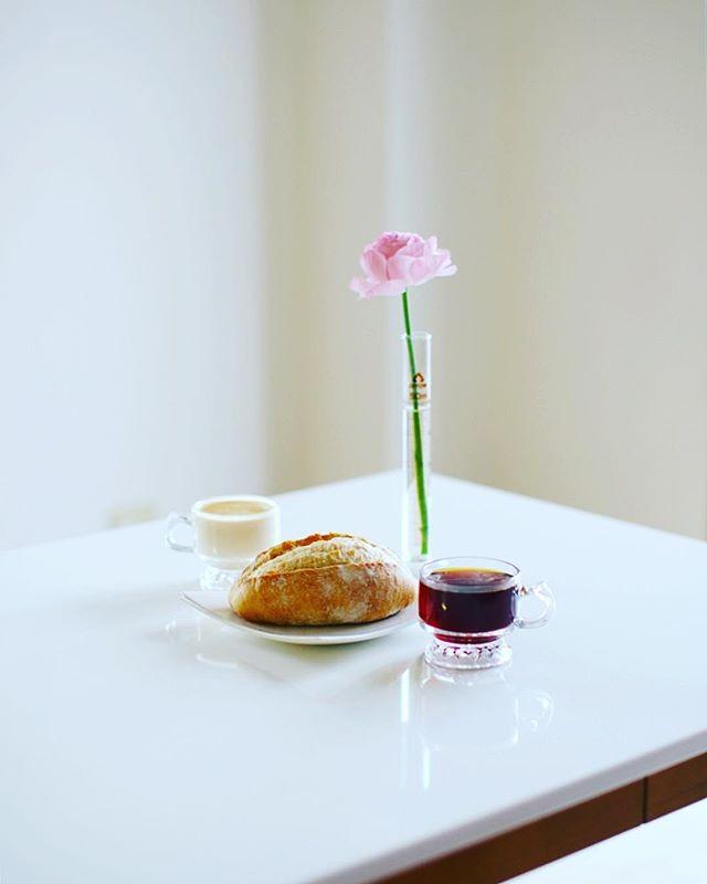 BOUL'ANGE/ブールアンジュのカンパーニュでグッドモーニングコーヒー。うまい! (Instagram)