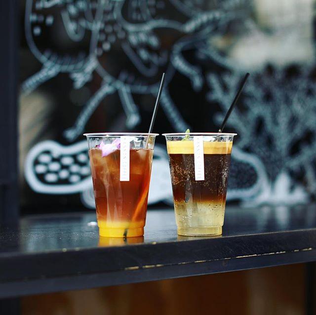 3時のKANNON COFFEEタイム。エスプレッソミントソーダとオレンジカモミールアイスティー。うまい!#オニマガ名古屋散歩 (Instagram)