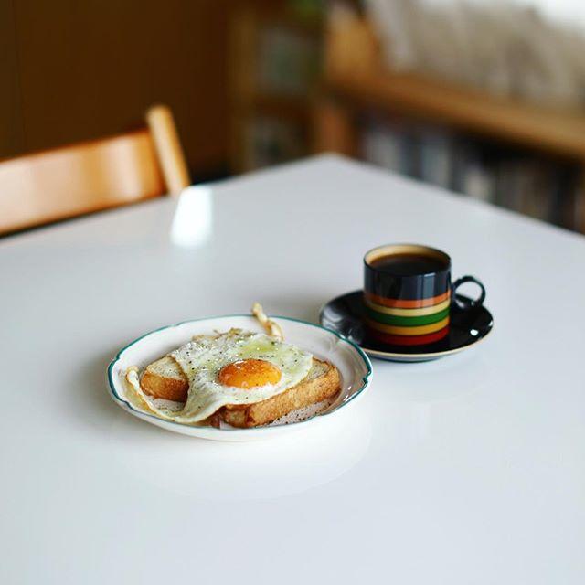 baguette rabbit #バゲットラビット の食パンで目玉焼きトースト。グッドモーニング。うまい!#baguetterabbit (Instagram)