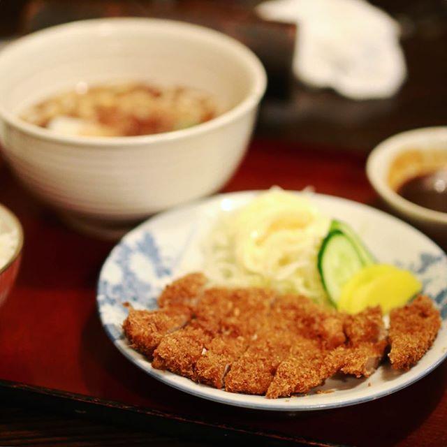 桜本町〜笠寺周辺を探検した写真部、無事終了。さくら豊月で味噌かつ&手打ちうどんの打ち上げ!うまい! (Instagram)