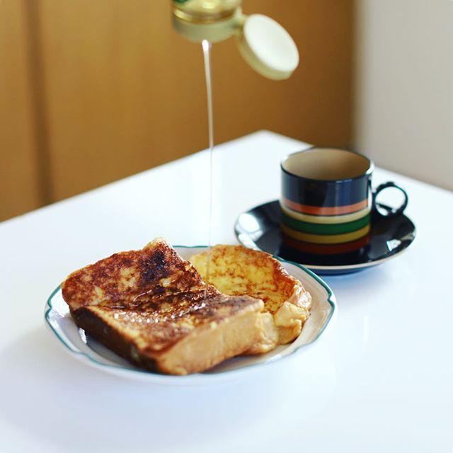 グッドモーニング、フレンチトースト&コーヒー。うまい! (Instagram)