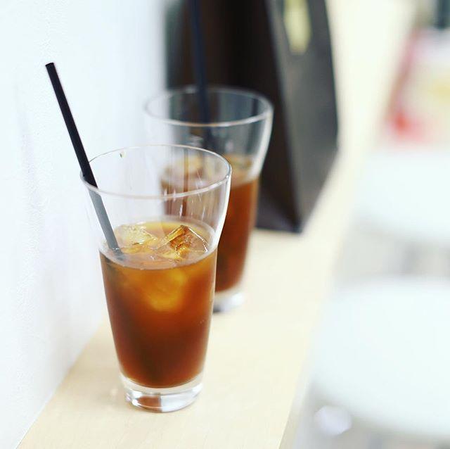 外が暑すぎるので地下街に避難してCupping Roomでアイスコーヒー休憩。うまい!#オニマガ名古屋散歩 (Instagram)
