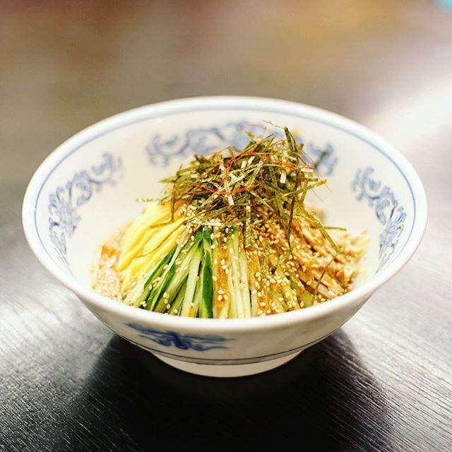大須の香蘭園に冷やし中華を食べに来たよ。ゴマだれ極細麺。うまい!#オニマガ名古屋散歩 (Instagram)