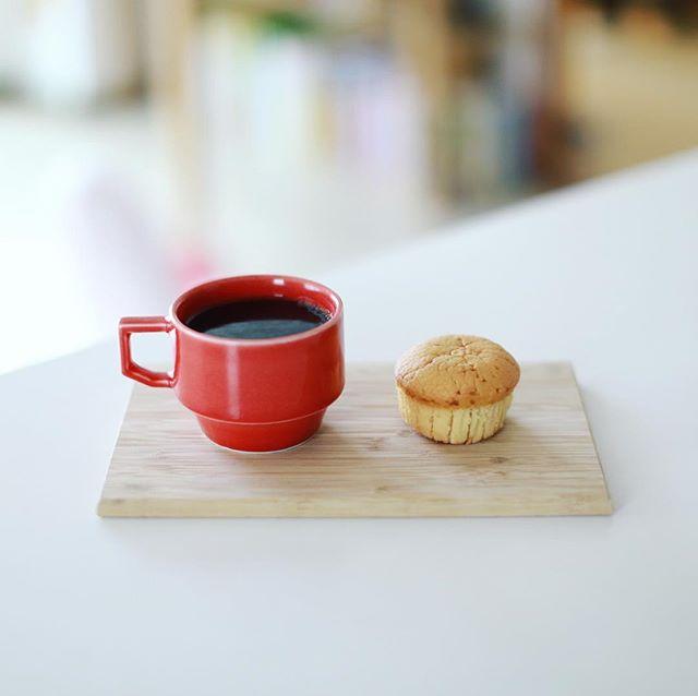 グランディールサカエチカのマフィンでグッドモーニングコーヒー。うまい! (Instagram)