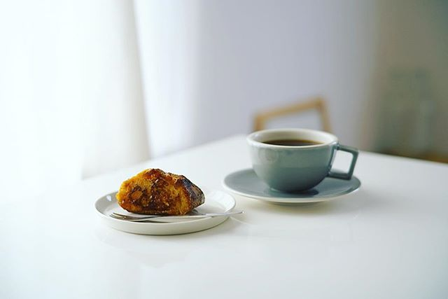 朝起きたら奥様特製のバゲットのフレンチトーストが登場した!良い朝。うまい! (Instagram)
