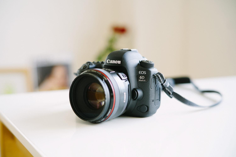 一眼レフデジタルカメラ「CANON EOS 6D Mark2」
