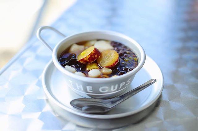 THE CUPS SAKAEに豆花を食べに来たよ。コーヒーはゲストビーンズでオワゾーコーヒー。うまい!#オニマガ名古屋散歩-#豆花 #トウファ #thecupssakae (Instagram)