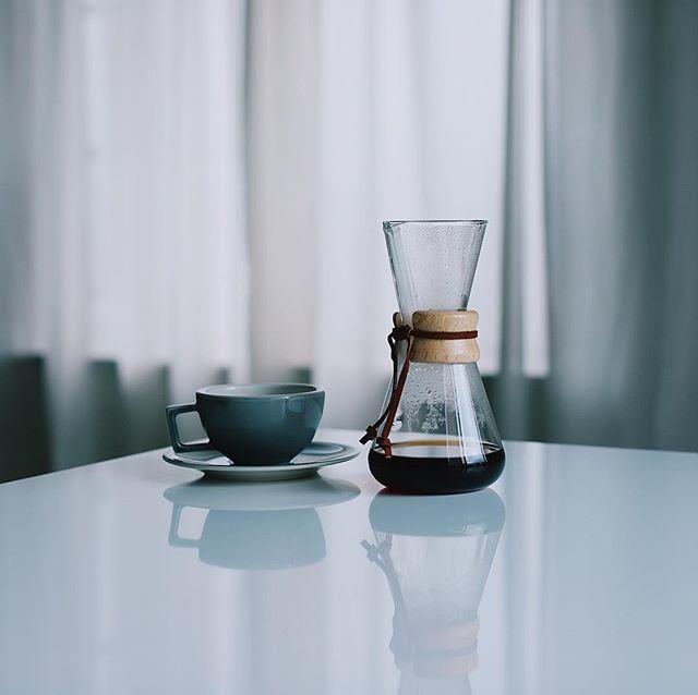 ケメックスでグッドモーニングコーヒー。6カップのが割れちゃったので3カップのを新たに導入したー。うまい! (Instagram)