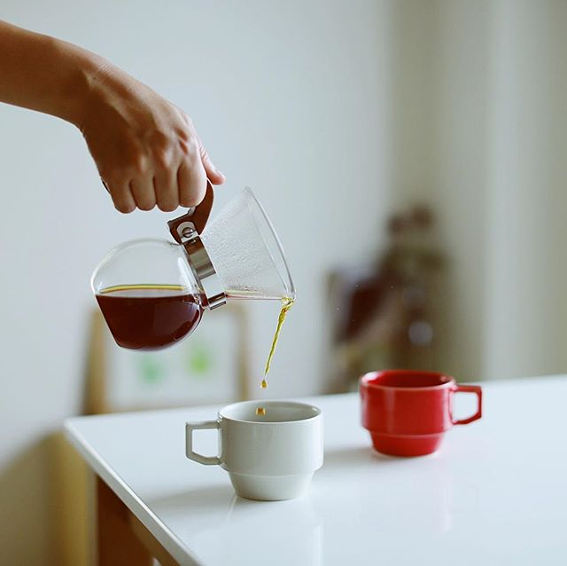 グッドモーニング63コーヒー。ロクサンステレンレスフィルターは微粉が出なくてなかなか良いなぁ。うまい! (Instagram)